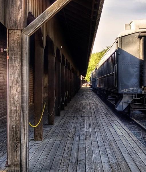 Фотообои Старая станция (ID 8225)