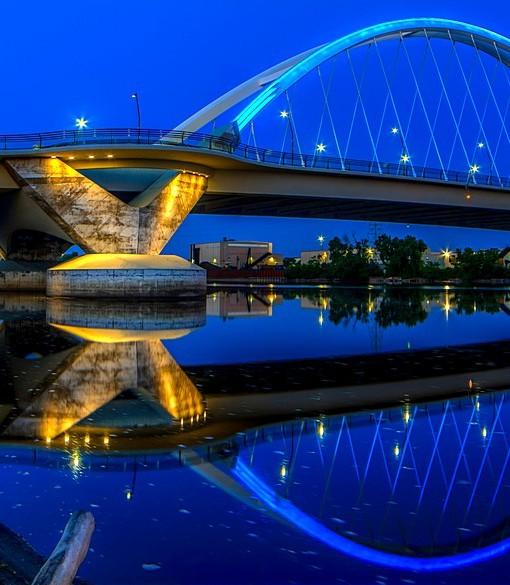 Фотообои Мост на фоне вечернего неба (ID 14813)