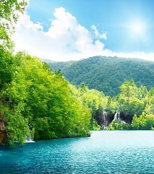 Фотообои Водопады на горной реке (ID 15450)