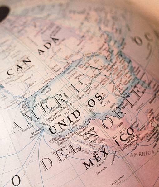 Фотообои Америка на глобусе (ID 16565)