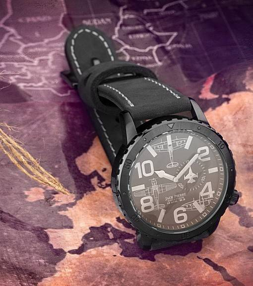 Фотообои Военные часы (ID 16679)