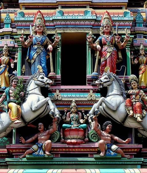 Фотообои Фасад со статуэтками (ID 16322)