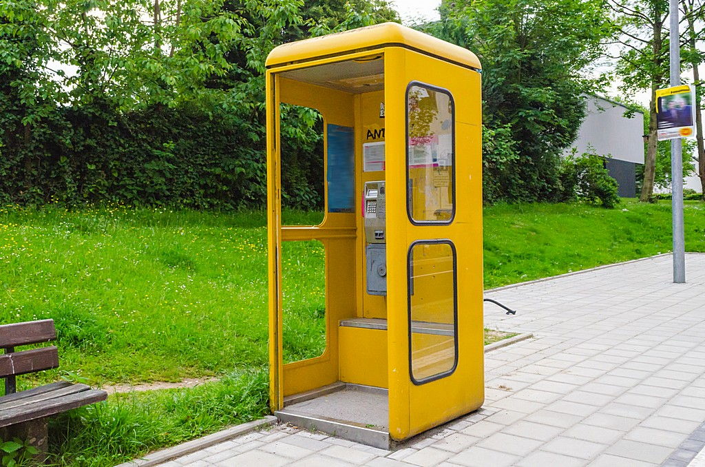 Yellow phone booth in the park image in Computer and Communication category at pixy.org